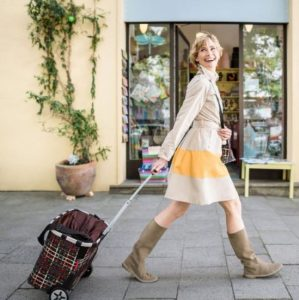 Trolley spesa Reisenthel carrycruiser con ragazza