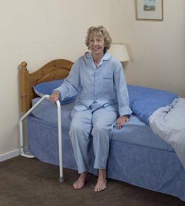 Maniglia letto con gamba ruotabile