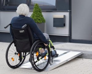 Rampa auto dislivello anziani disabili alluminio
