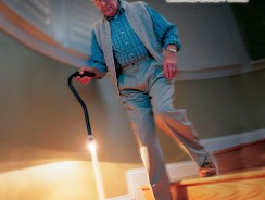 Il bastone led che porta un mare di luce ai nostri piedi
